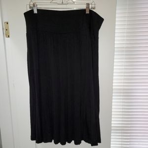 Hilary Radley flowy midi skirt 🖤